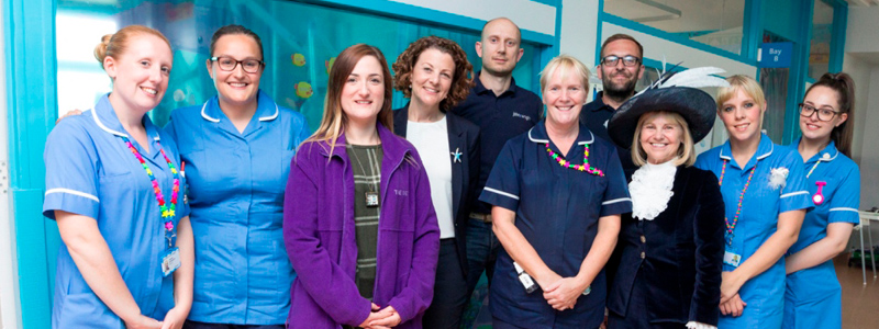 Banner DEEP SUPPORTS HULL ROYAL CHILDREN'S WARD WITH AQUATIC THEMING